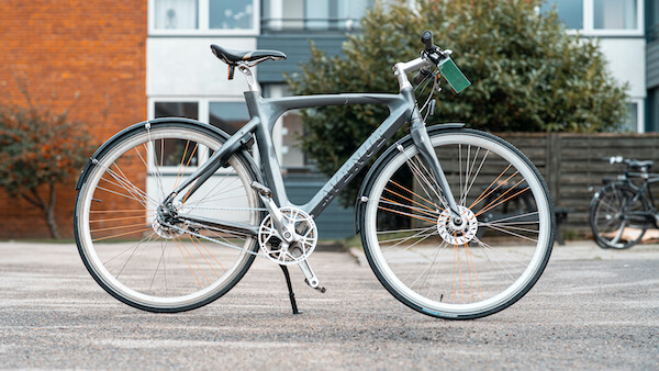 brugt herrecykel i lysegrå - avenue racerstil
